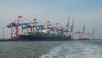 Hafenbetrieb am JadeWeserPort