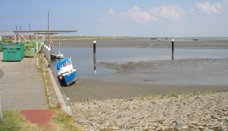 Sicht aus dem Gemeindehafen auf den geplanten Sportboothafen - vorher