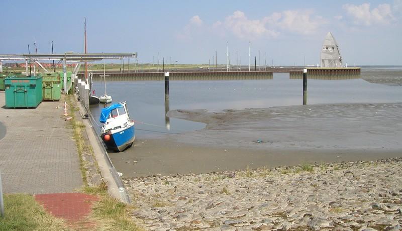 Sicht aus dem Gemeindehafen auf den geplanten Sportboothafen - Planvariante