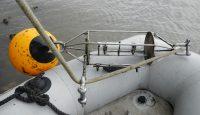 Durchführung von Wartungsarbeiten mit IMP-Schlauchboot